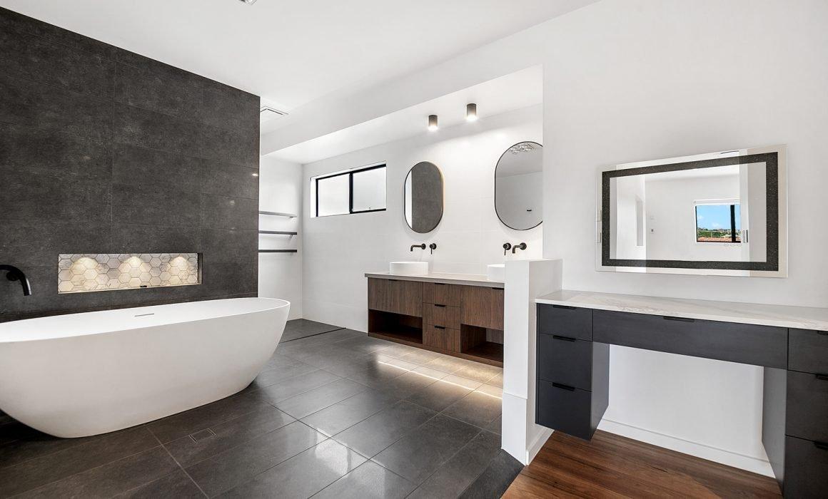 Custom Home Bathroom Tiling Trends